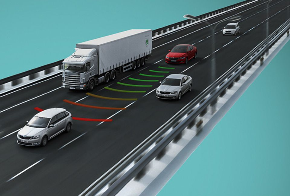 ŠKODA OCTAVIA Traffic Jam Assist