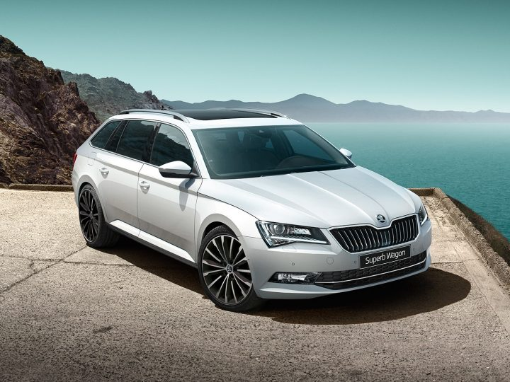 The Top 10 Features that Make Skoda Superb Stand Out From Other Cars