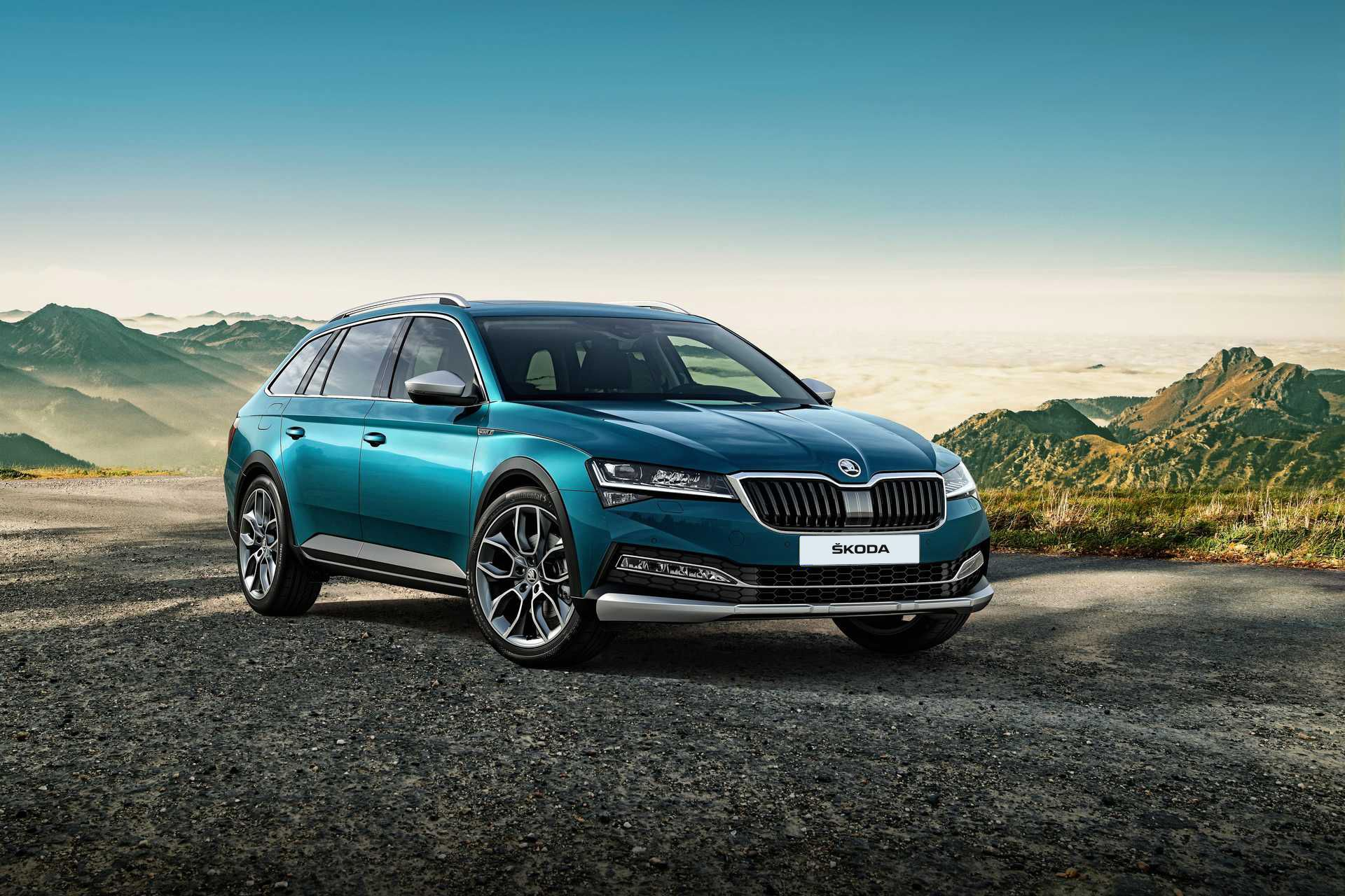 Skoda Superb Scout 05