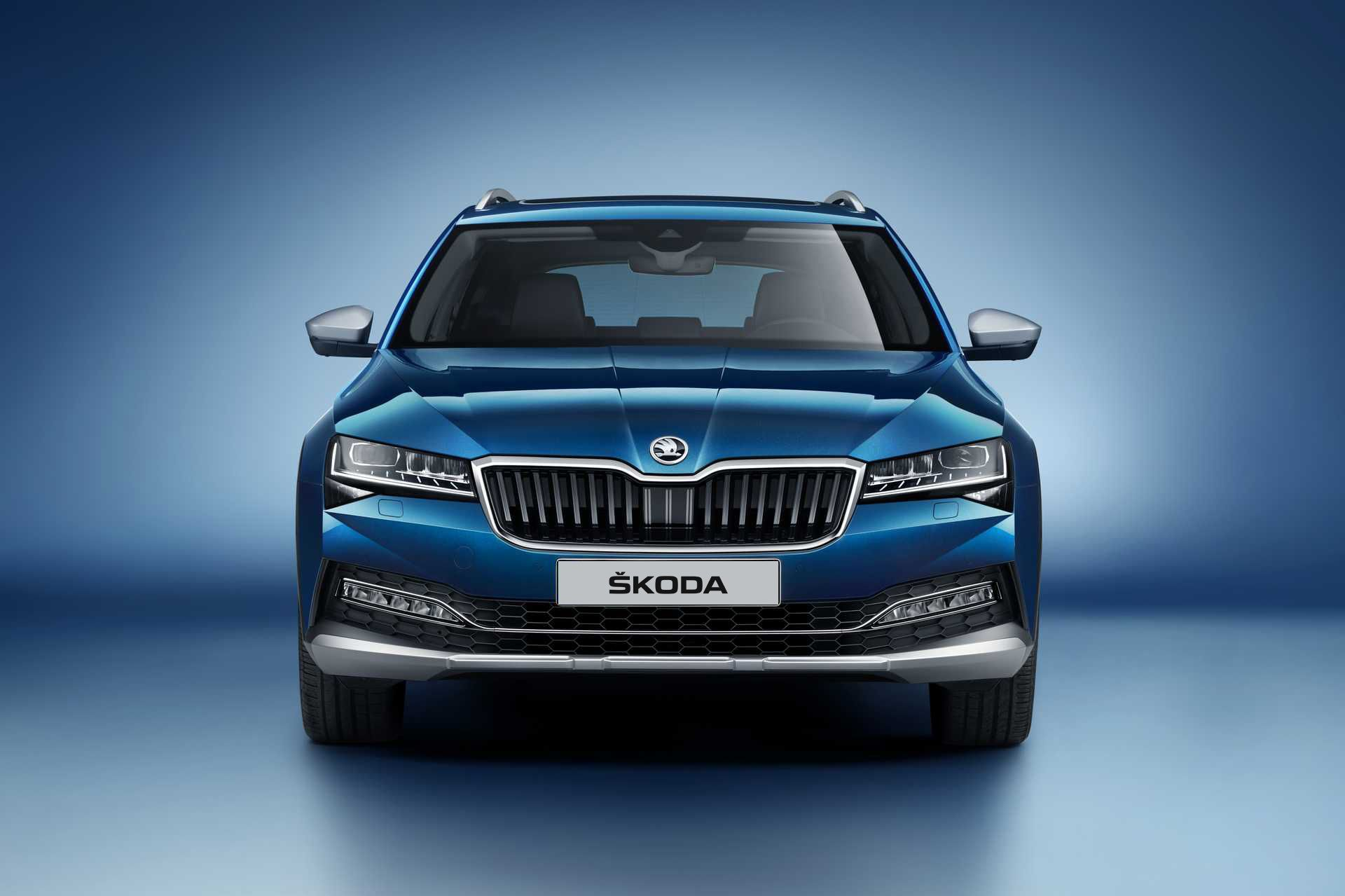 Skoda Superb Scout 06