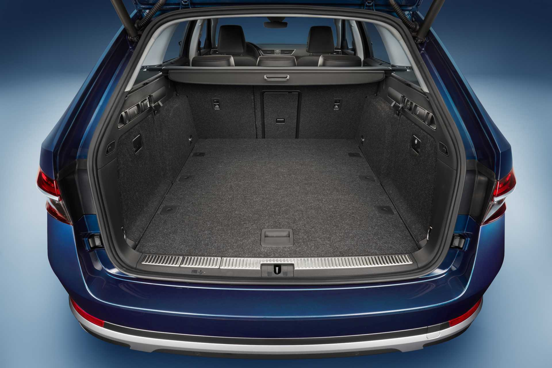 Skoda Superb Scout Bootspace