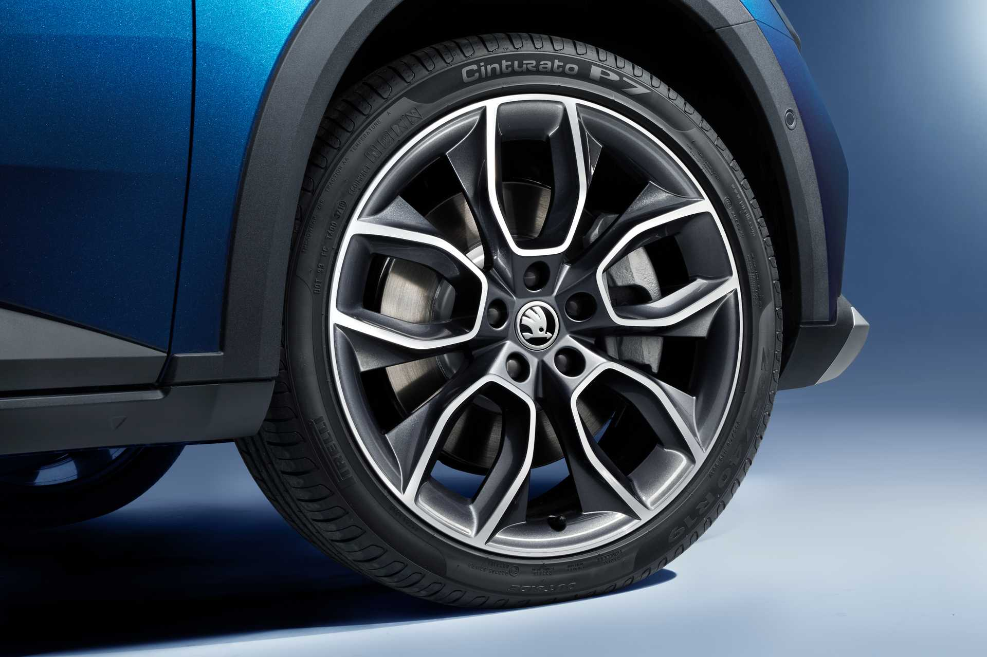 Skoda Superb Scout Road Grip